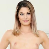 Kendall Rae