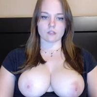 curvyschoolgirl
