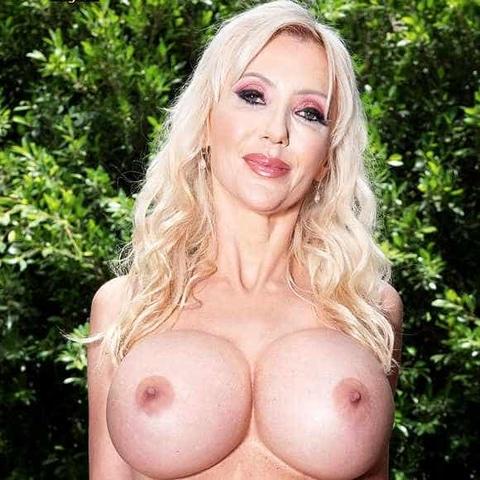 Victoria Lobov